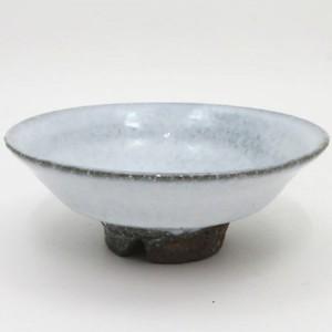 【茶器/茶道具 抹茶茶碗】 平茶碗 萩焼き 白 割高台 納富尚作 (納富尚子作)
