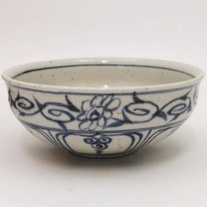 【茶器/茶道具 抹茶茶碗】 馬盥(ばだらい) 安南 藍窯
