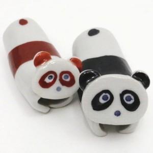 【日用品/雑貨】 現品限り 箸置き 有田焼き パンダ 赤&黒セット 2個セット