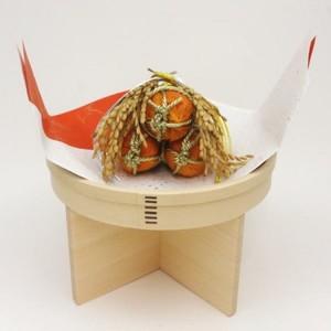 【茶道具 お正月飾り 床飾り】 俵熨斗三ツ重ね&丸三宝 7寸 紅白敷紙付 (国産檜使用)