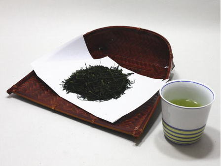 【ギフトセット 日本茶/緑茶/煎茶】 敬老の日ギフト 香川県産 上 讃岐の雫 100g入1本