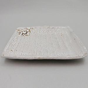 【茶器/茶道具 懐石道具(会席道具)】 白萩焼き 盛鉢 足付 七寸 渋谷泥詩作 (菓子器としても使えます)