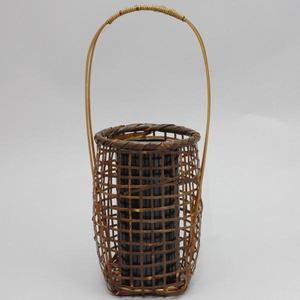 【茶器/茶道具 籠花入れ(篭花入れ)】 みだれ格子籠 置用 湯布院の竹使用