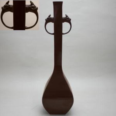 【花器/茶道具 花入 置用】 唐銅(唐金) 四方角花入 龍耳付 銅色 能作一佳作