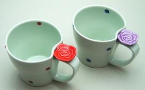 【マグカップ 湯呑 コップ】 有田焼 バラに水玉